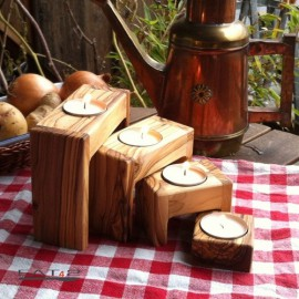Set of 4 tealight holders olive wood