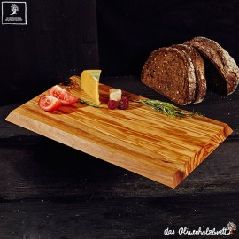 cutting board with slanting cutted edges