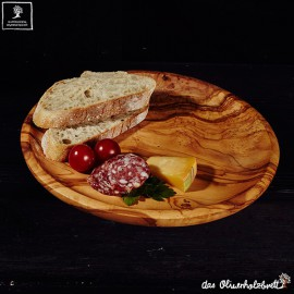 round wooden dish for dinner