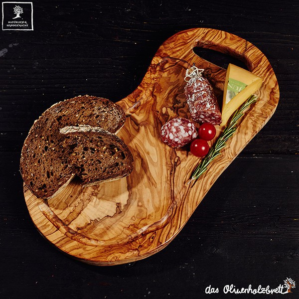 Carving board, natural cut with handle